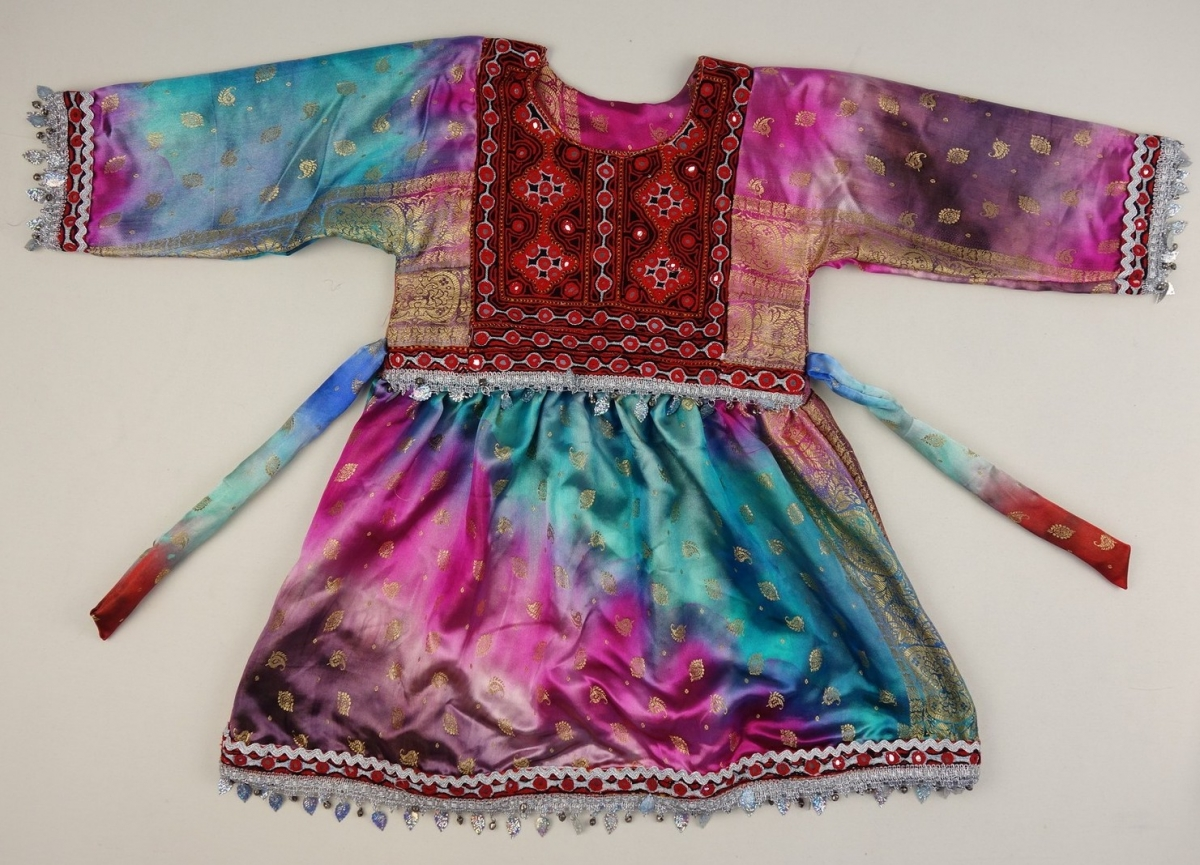 Girl's dress from Kabul, Afghanistan, early 21st century.