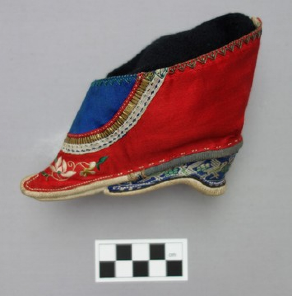 Early 20th century lotus shoe for a bride.