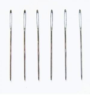 Set of tapestry needles.