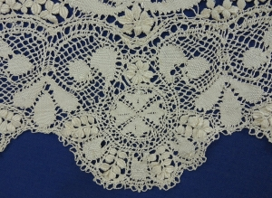 Example of Maltese lace.