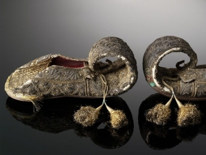 Pair of shoes from Lucknow, acquired in 1855.