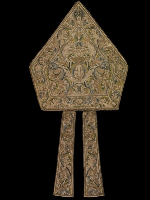 Embroidered mitre, Italy (?), early 16th century.