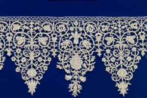 Collar worked in punto in aria lace, early 17th century.
