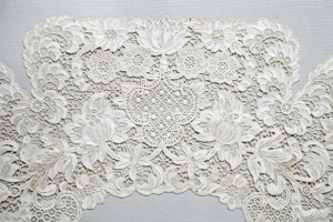 Example of Youghal lace.