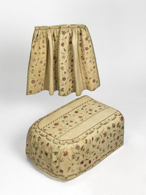 Embroidered cot set, England, early 18th century.