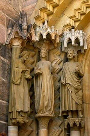 Statues of Heinrich and Kunigunde, in the porch of Bamberg Cathedral.