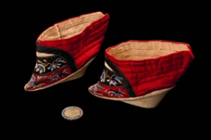 Pair of Chinese lotus shoes, dated around 1900.
