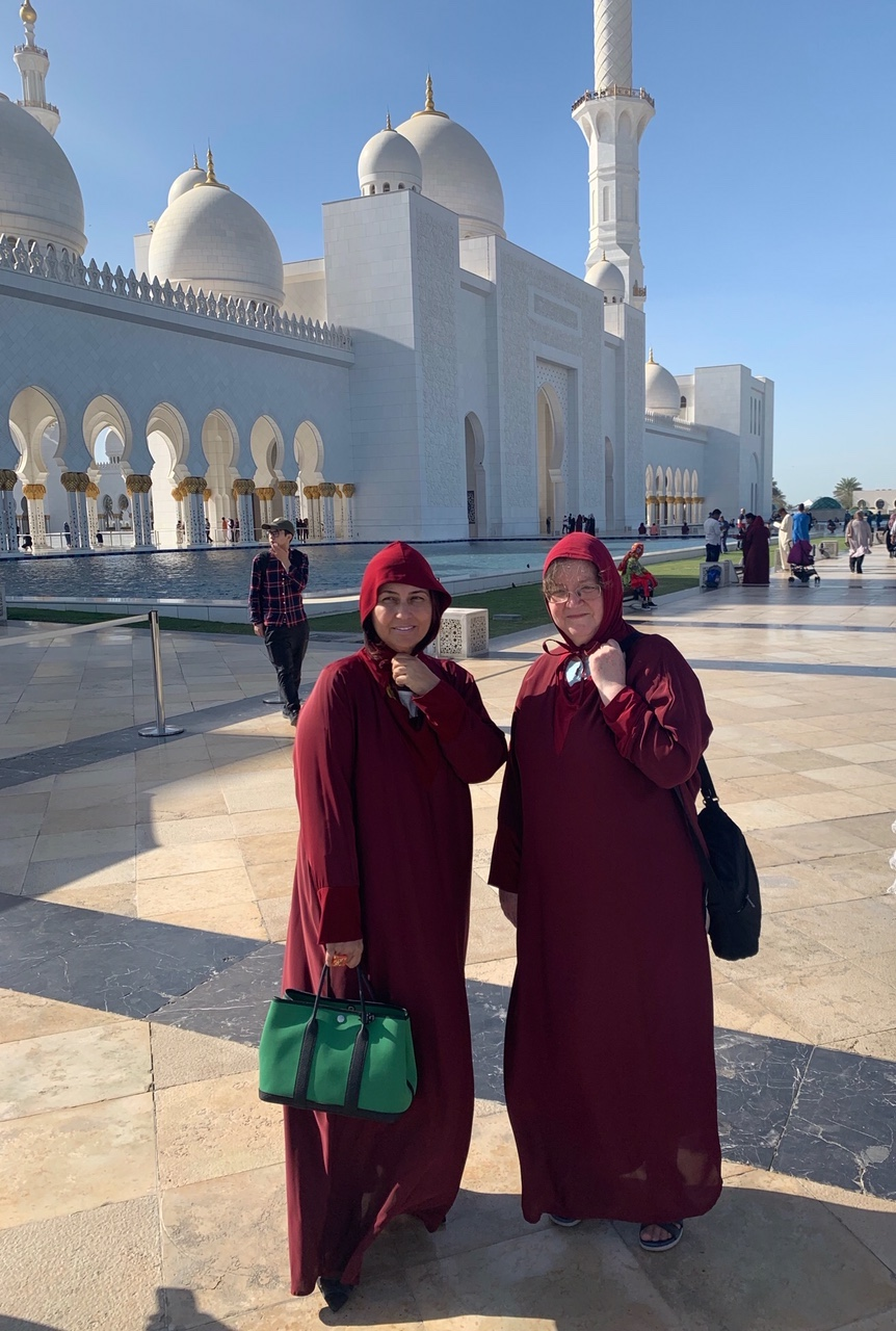 Reem El Mutwalli (left) and Gillian Vogelsang (right), at the new Friday mosque of Abu Dhabi, Monday 18 March 2019.