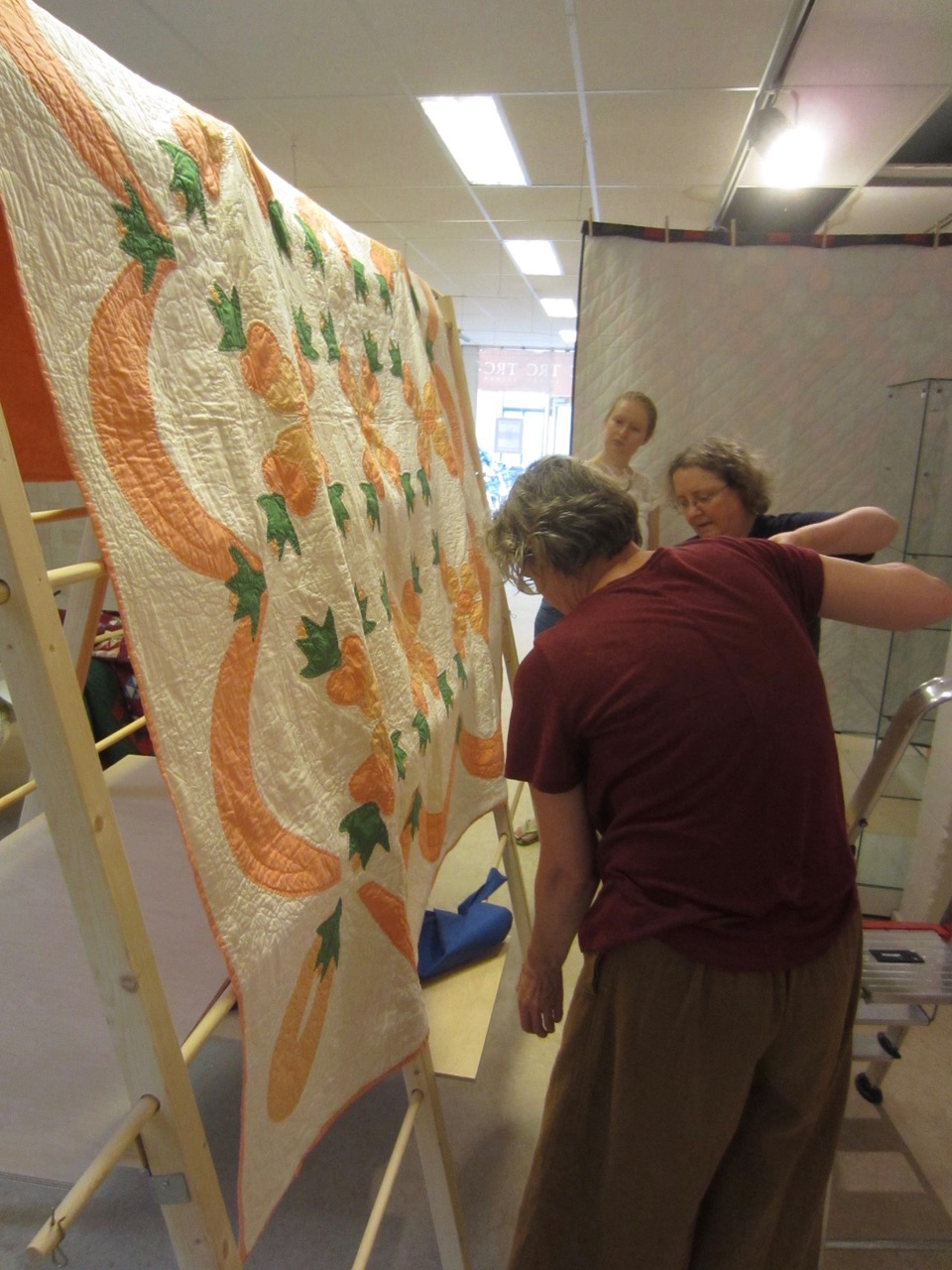 Setting up the quilt exhibition