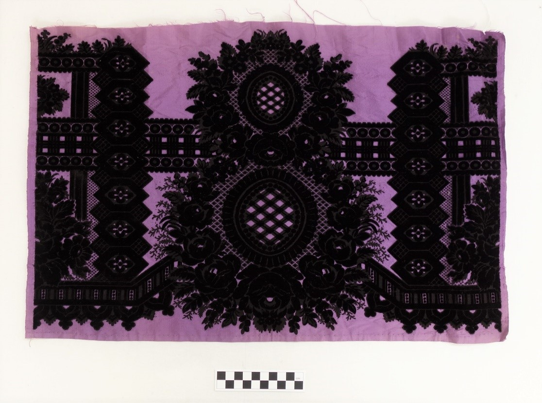 Silk velveteen made in China for the European market, early 19th century (TRC 2018.2401).